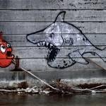 Graffiti, der niedrige Wasserstand bringt es zu Tage.
