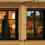Fenster mit Spiegelung Max 2 Denkmal