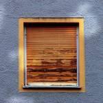 Fenster mit Jalousien 2