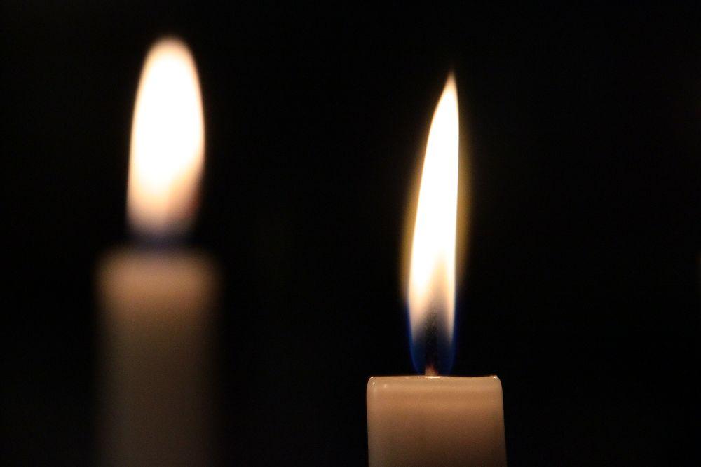 Kerze mit Spiegelung