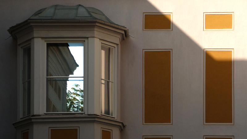 Stuck Villa Fenster im Garten
